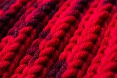 Promenade di seta rossa Ho lavorato a maglia un reticolo dell'incrocio Fotografia Stock