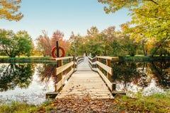 Promenade en bois à l'atterrissage de Jakes Image libre de droits