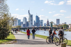 Promenade in Frankfurt-Hauptleitung, Deutschland Stockfotografie