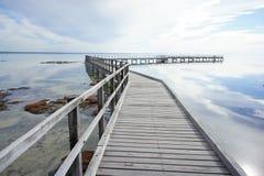 Promenade an Hamelin-Pool, Haifisch-Bucht lizenzfreie stockbilder