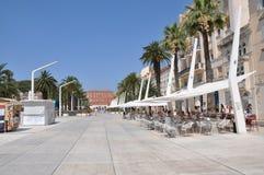 Promenade in Kroatien in der Spalte Stockbild