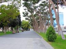 'promenade' larga a lo largo de Baku Azerbaijan Fotografía de archivo libre de regalías