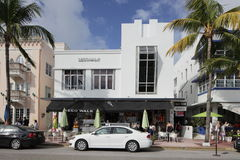 Promenade Miami Beach hostile de cadre volant Photographie stock