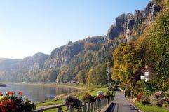 Promenade op Elbe in Saksen, Duitsland Royalty-vrije Stock Afbeeldingen