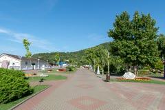 Promenade près de la plage centrale photos stock