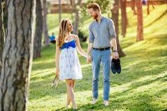 Promenade romantique en nature photos libres de droits