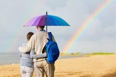 Promenade sur la plage Photographie stock libre de droits