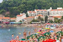 Promenade und Strand von Petrovac in Montenegro Lizenzfreies Stockbild