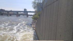 Promenera floden Royaltyfri Fotografi