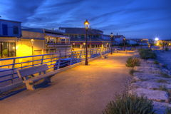 Promenera nära havet, Saintes-Maries-de-la-MER, Frankrike, HDR royaltyfri foto