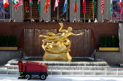 Prometheus Statue at Rockefeller Center, New York Royalty Free Stock Images