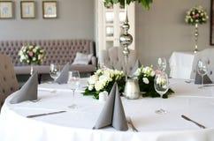Prometido à tabela de jantar fotos de stock royalty free