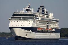 PROMI-KONSTELLATION auf dem Nordsee-Kanal lizenzfreies stockbild