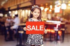 Promoção do disconto da venda para o conceito da loja foto de stock royalty free