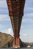 Promontório da ponte de porta dourada que nivelam com luzes de San Francisco Califórnia no fundo fotos de stock royalty free