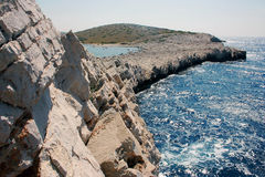 Promontório em ilhas de Kornati, Croácia Fotos de Stock Royalty Free