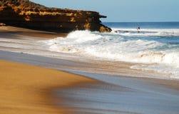 Promontorio en la playa de Belces Fotografía de archivo