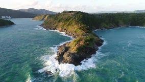 Promthep海角鸟瞰图寄生虫在普吉岛泰国,Promthep海角是非常著名旅游目的地在普吉岛 影视素材