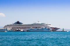Promu statek w porcie croatia rozłam Obraz Royalty Free