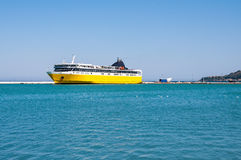 Promu statek w Zakynthos porcie Zdjęcie Stock