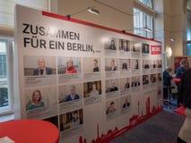 Promujący teren Niemiecka partia polityczna Umiera Linke zdjęcie stock