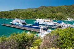 Promy w Picton porcie, Nowa Zelandia Zdjęcie Royalty Free