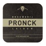 Pronck beermat bakgrund isolerad white Arkivbild