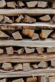Pronto della legna da ardere tagliato Immagine Stock