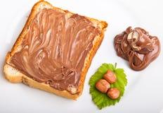 Propagação do chocolate e porcas da avelã Imagem de Stock Royalty Free