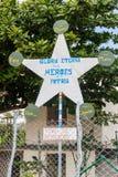 Propaganda in Dorf EL Cobre, Kuba Es sagt: Ewiger Ruhm zu den Helden vom fatherlan stockbild