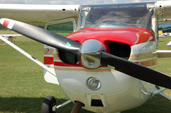 Propeller airplane. Small red and white propeller airpalne Stock Photography