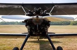 Propeller und Motor des alten Doppeldeckers Lizenzfreies Stockfoto
