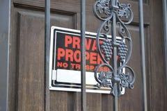 Propiedad privada ninguna muestra de violación Fotografía de archivo libre de regalías