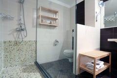 Propiedades inmobiliarias del cuarto de baño Fotografía de archivo