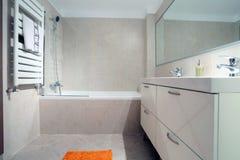 Propiedades inmobiliarias del cuarto de baño Fotos de archivo libres de regalías