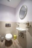 Propiedades inmobiliarias del cuarto de baño Imagenes de archivo