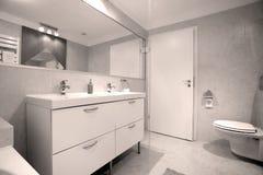 Propiedades inmobiliarias del cuarto de baño Foto de archivo