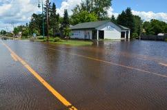 Propiedades inmobiliarias unidas del país en la inundación fotografía de archivo libre de regalías