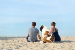 Propietario con su perro Foto de archivo libre de regalías