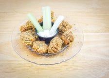 Propostas ou pepitas temperados panadas da galinha Imagens de Stock Royalty Free