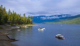 Propriété avant de lac au lac Shuswap Photo libre de droits