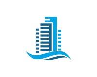 A propriedade de Real Estate e o logotipo da construção projetam para o sinal incorporado do negócio Fotos de Stock