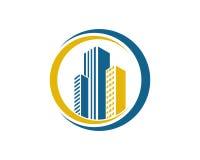 A propriedade de Real Estate e o logotipo da construção projetam para o sinal incorporado do negócio Imagem de Stock