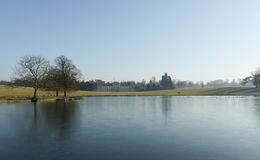 Propriedade de Woburn, Reino Unido no inverno Fotos de Stock Royalty Free
