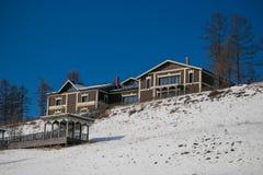 Propriedade privada bonita em uma parte superior da montanha Fotos de Stock Royalty Free