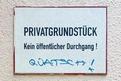 Propriedade privada, nenhuma passagem pública Imagem de Stock