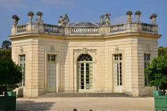 Proprietà di Marie Antoinette nel parc del palazzo di Versailles Fotografia Stock Libera da Diritti
