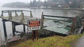 Proprietà privata ed il suo bacino dilapidato Fotografia Stock