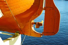 Propulsor del bote salvavidas en el rompehielos de Krasin imágenes de archivo libres de regalías