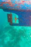 Propulsor y timón de tornillo de la nave Imagenes de archivo